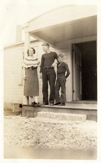Evergreen-Ballroom-Lacey History Mary-Ronald-Vernon-Sholund-1933