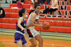 yelm-girls-basketball-2021-5