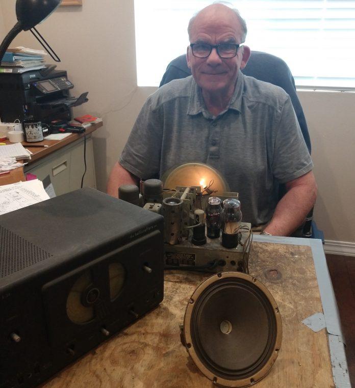 Bob-Donner-with-Grandpas-radio-