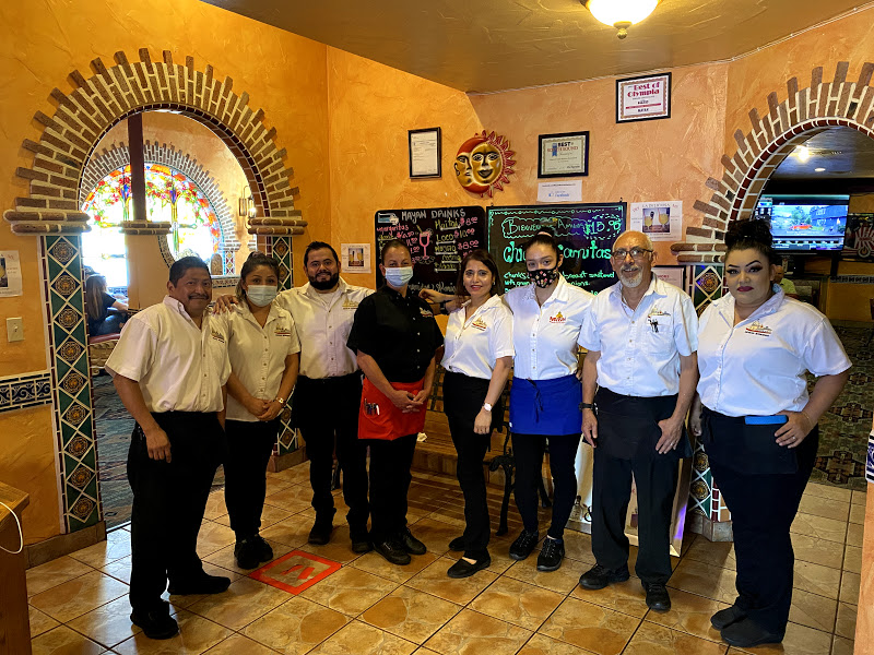 Mayan Mexican-Restaurant lacey-Staff