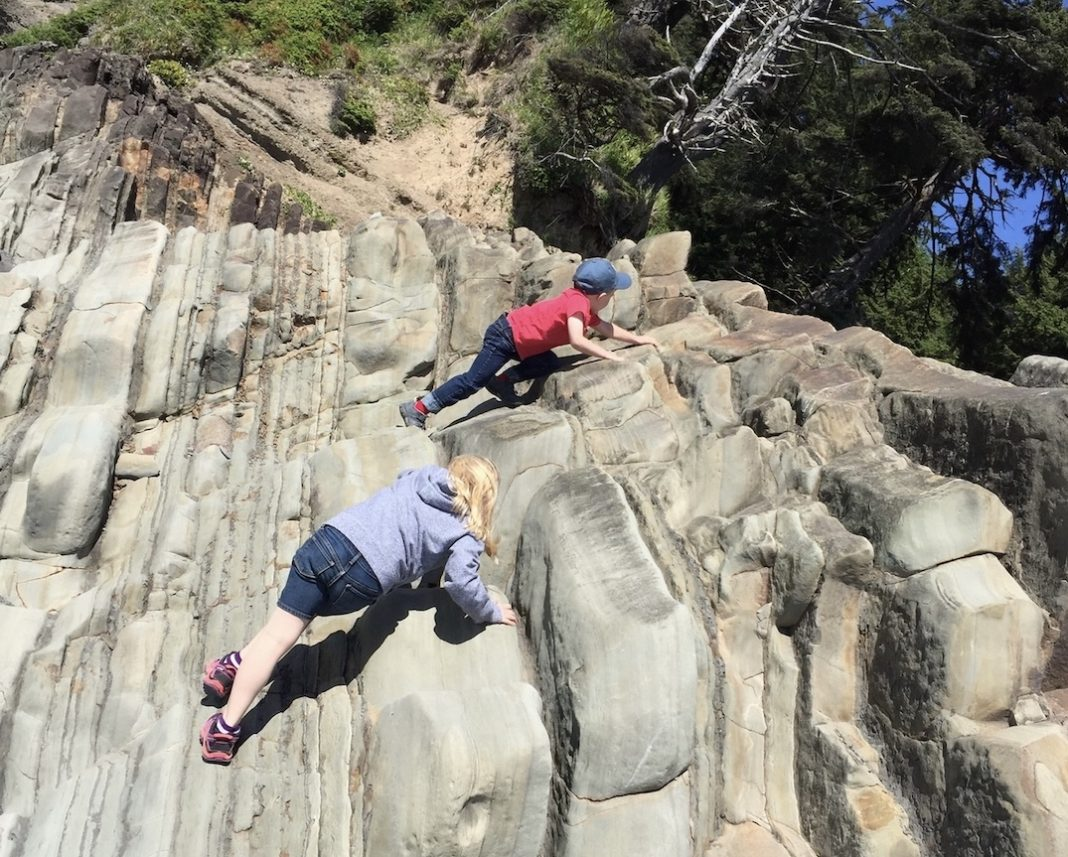 Olympia-Therapy-Risky-Play-on-Rocks