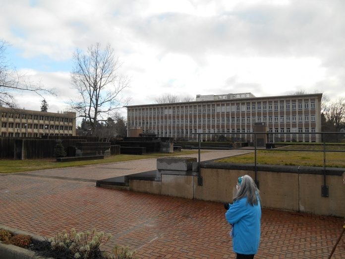 Washington-State-Capitol-Campus east plaza