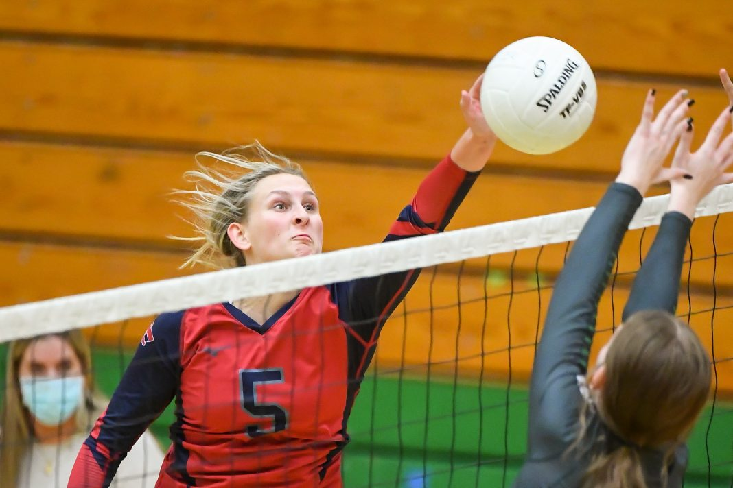 Black Hills Tumwater Volleyball 5923